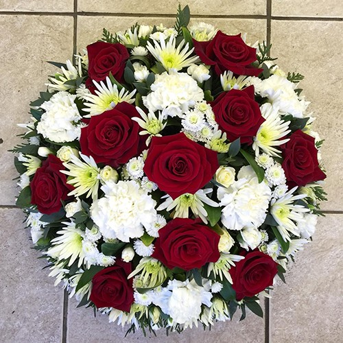 Red & White Loose Posy